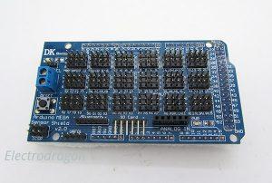 A TLC5940, 5 RGB-LEDs and an Arduino simtronyx
